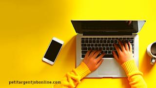 Mains et pc, travail en ligne, travail à domicile, micro travail en ligne, micro job à distance