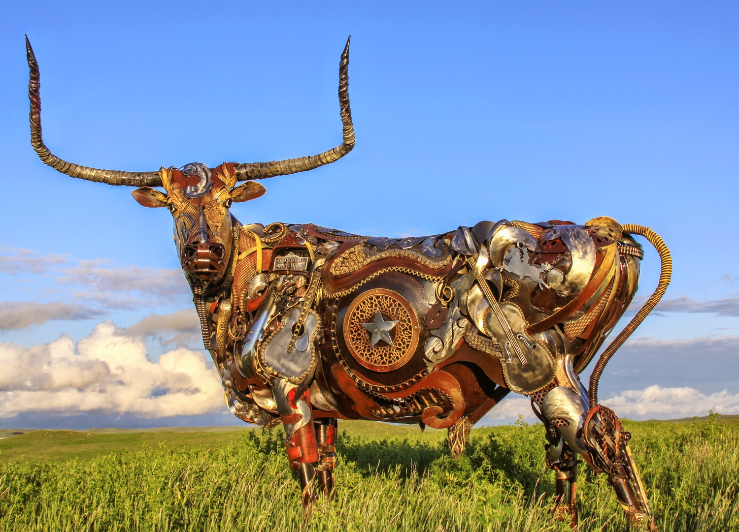 10-John-Lopez-Scrap-Iron-Animal-Sculptures-www-designstack-co