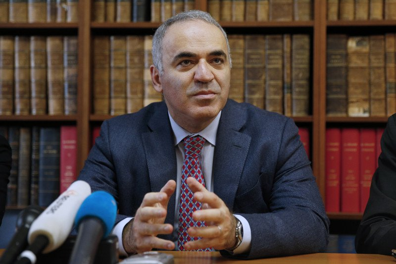 Каспаров: хочу предложить провести референдум на Курилах или в Калининграде