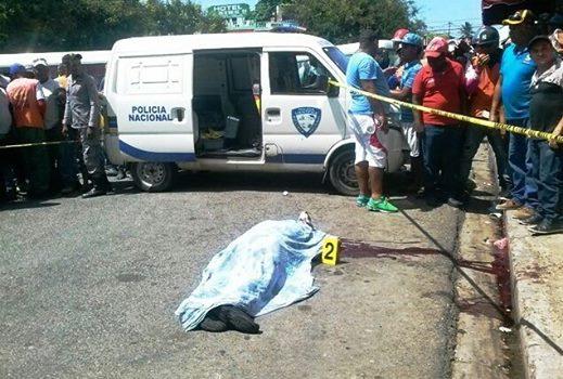 Resultado de imagen para Hombre mata concubina con arma de fuego e intenta suicidarse