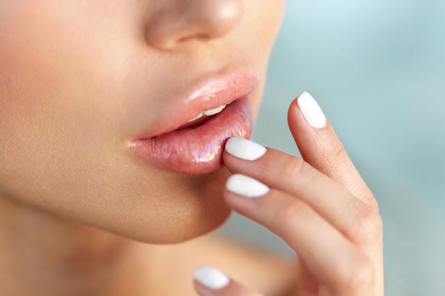 Penyebab Bibir Kering dan Mengelupas