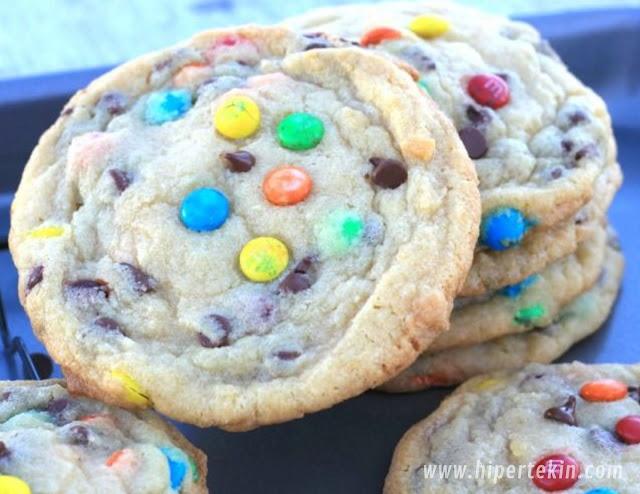 Soft-Batch Mini Chocolate Chip Cookies