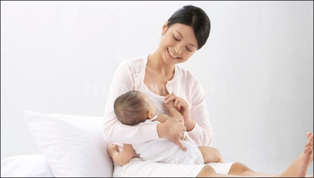 Mimpi Menyusui Bayi