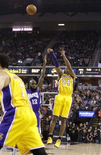 Kings ganan a Lakers en último juego de Kobe en Sacramento ... 36efe1372