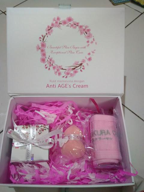 Dalam Paket Sakura Collagen PT Meiji