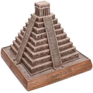 Estatua, Pirámide Maya Mexicana