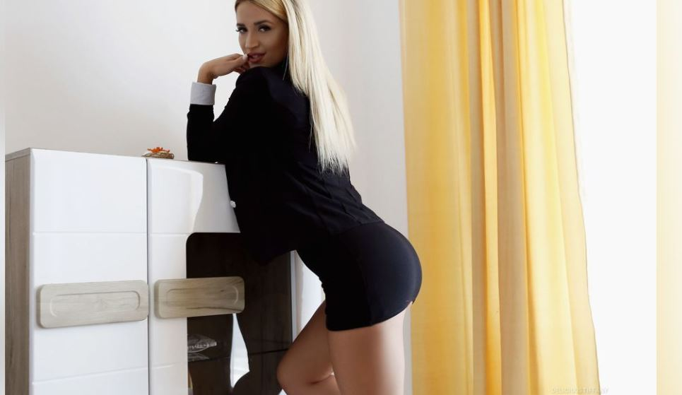 https://www.glamourcams.live/chat/DeliciousTiffany