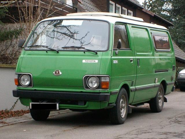 1980S-Toyota-Van-4x4