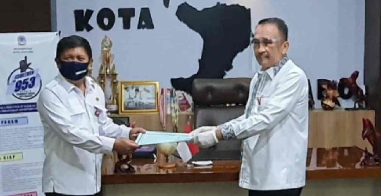 Micler Lakat Serahkan Sprint ke Xaverius Jabat Plt DLH Kota Manado