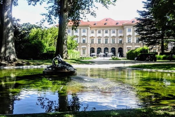 vienne gartenpalais jardins palais liechtenstein