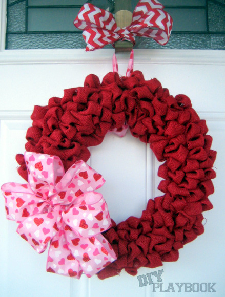 http://www.thediyplaybook.com/2013/02/i-heart-burlap-bubble-wreath.html