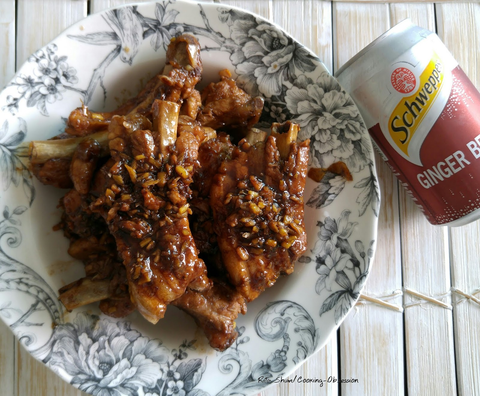 慢煮薑啤陳醋骨 Slow cook pork ribs in ginger beer and aged sorghum vinegar ~ Rita Shum