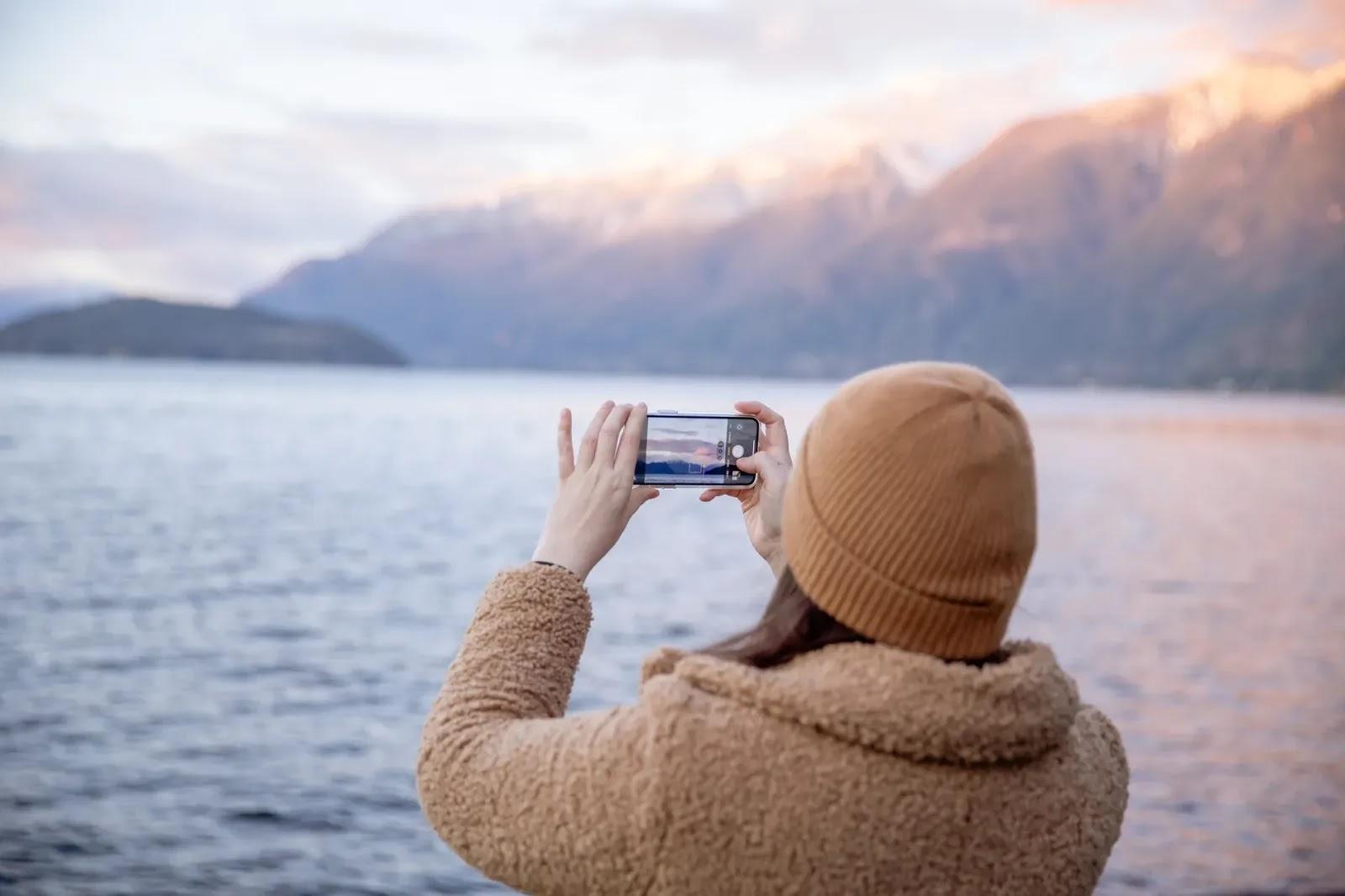Jak wywołać zdjęcia z własnego smartfona?
