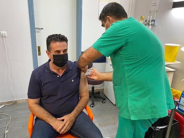 Εμβολιάστηκε κατά της covid-19 ο Δήμαρχος Ναυπλιέων