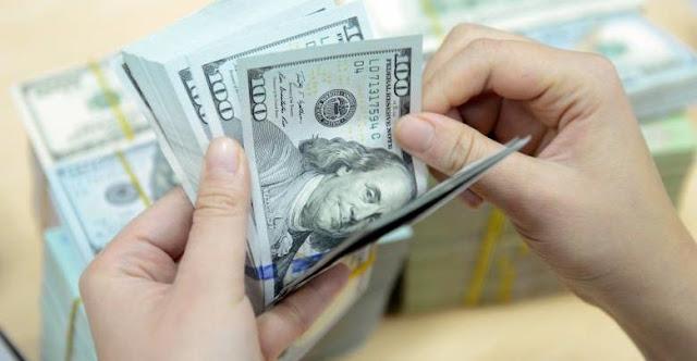 الليرة تتحسن ..الدولار يلامس 593 ليرة وتوقعات بمزيد من التحسن