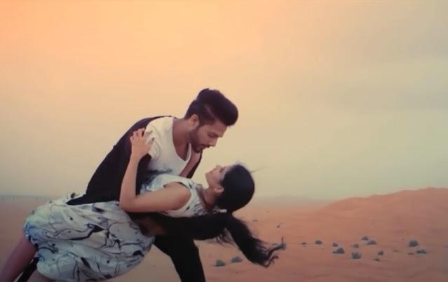 mera-dil-bhi-kitna-pagal-hai-lyrics