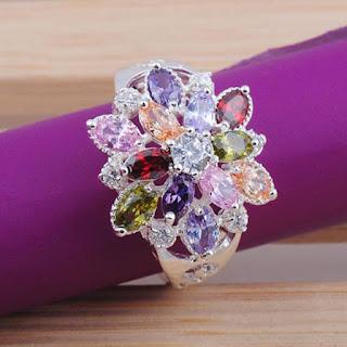 Hermoso anillo con piedras semipreciosas en forma de hojas TOPACIOS FORMA DE HOJA. MORGANITA, RUBI, SAFIRO, ROSA, VERDE PERIDOT, AMATISTA