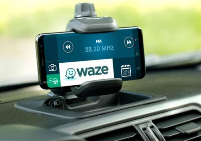 تطبيق Waze أفضل تطبيق للملاحه والمرور لعام 2020