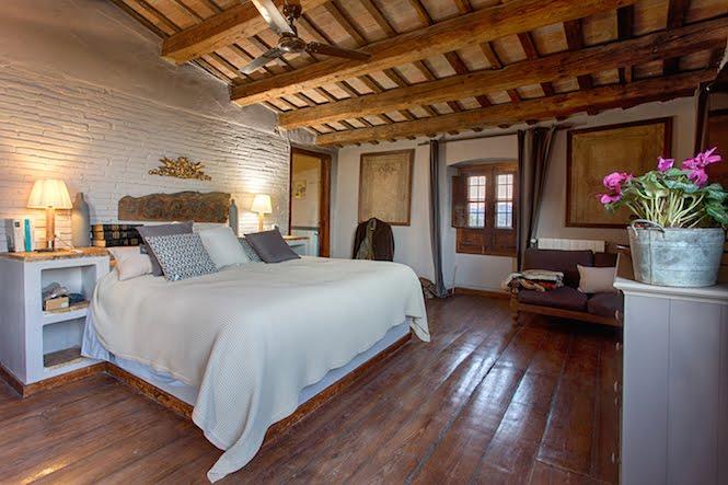 Bedroom Deluxe Masia Costa Brava