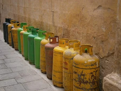 Storage of gas cylinders