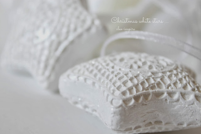 dekoracje na swieta w bieli