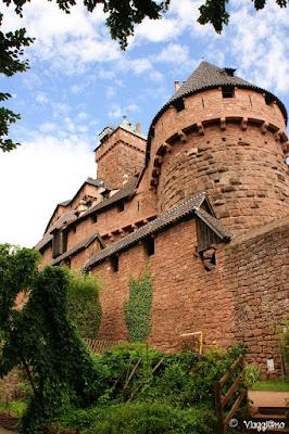 Scorcio del Giardino Medievale del Castello di Haut Koenigsbourg