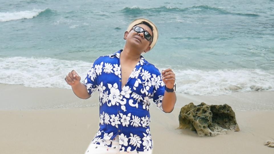 AM Kuncoro Vokalis Heniikun Bay feat Steven & Tege Coconut Treez Bakal Rilis Ulang Mimi Mintuno Tresno