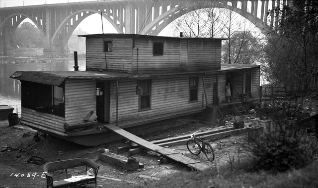 People displaced by the TVA 24 April 1942 worldwartwo.filminspector.com