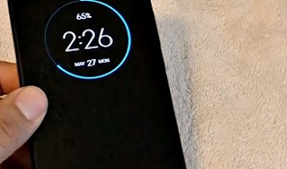 Moto Z4 leaks on Amazon, buyer receives the device before launch