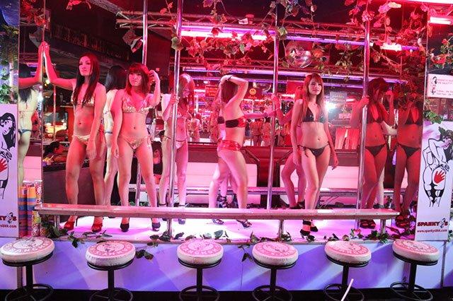 Nude Bangkok 76