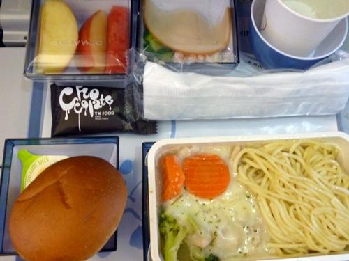 チャイナエアライン CI771便 TPE-DPSの機内食