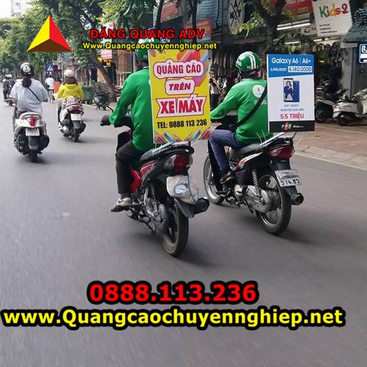 Quảng cáo trên xe máy