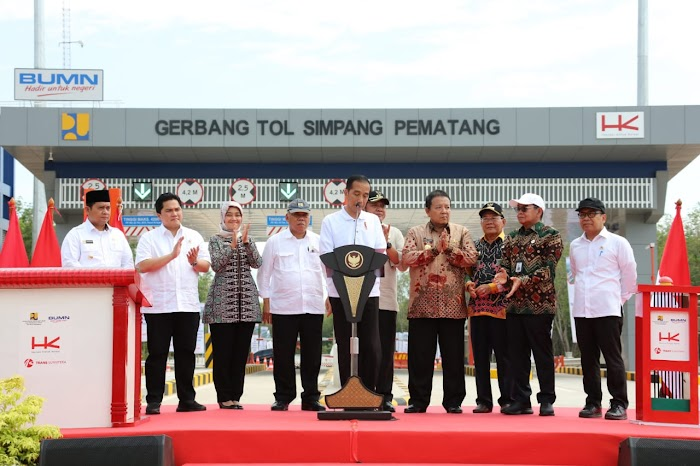 Gubernur Arinal dan Wagub Nunik Dampingi Presiden Jokowi Resmikan Jalan Tol Terbanggi Besar-Kayu Agung