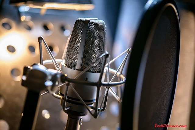 The 8 Best Wireless Microphones to Buy in 2018 - Buyer's Guide & Reviews
