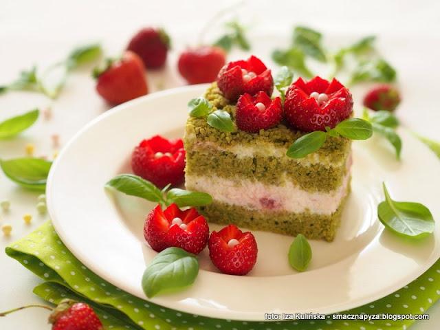 truskawkowa polana, truskawkowe pole, truskawki, ciasto szpinakowe, poltino, szpinak, bazylia, deser na lato, ciasta domowe, najlepsze ciasto, najsmaczniejsze