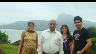mumbaikar nikhil,Mumbiker nikhil bio,Mumbiker nikhil biography in hindi,mumbaikar nikhal,