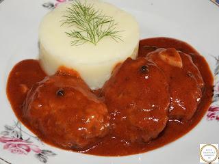 Chiftele marinate cu piure de cartofi reteta,