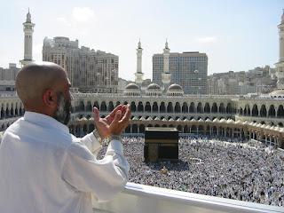Bersandarlah Hanya kepada Allah 'Azza wa Jalla