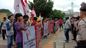 DPR Jangan Lindungi Terdangka Korupsi SW