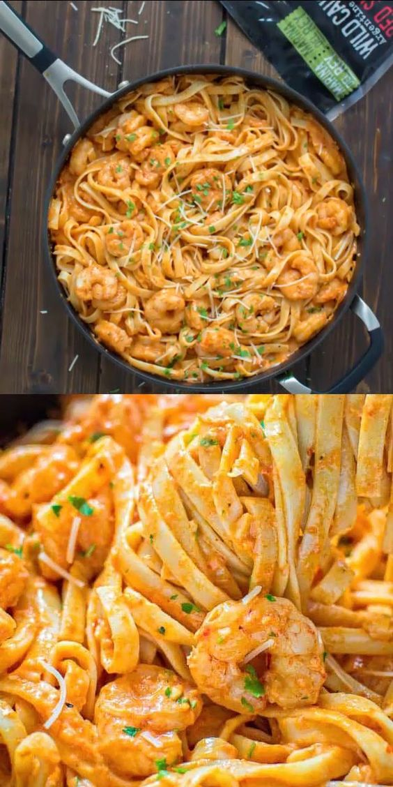 SHRIMP FETTUCCINE WITH ROASTED PEPPER SAUCE #recipes #foodandrecipes #food #foodporn #healthy #yummy #instafood #foodie #delicious #dinner #breakfast #dessert #yum #lunch #vegan #cake #eatclean #homemade #diet #healthyfood #cleaneating #foodstagram