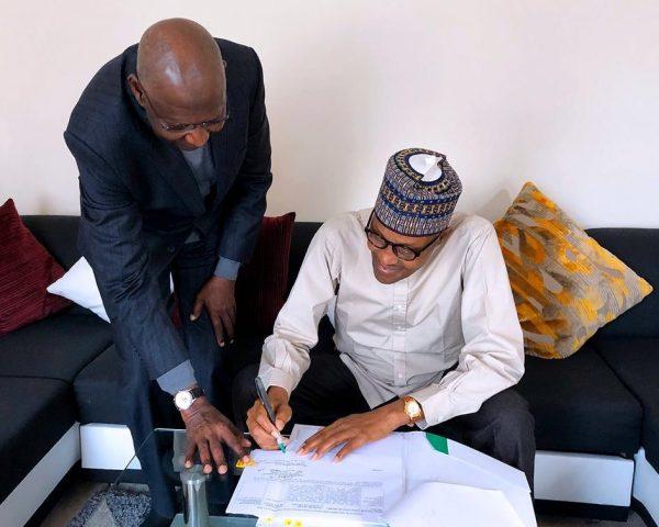 Nigerians blast Abba Kyari for ignoring Osinbajo, flying to London instead to get Buhari to sign documents