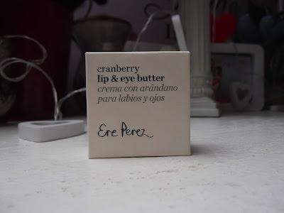 Ere Perez brusnicové vyživujúce maslo pre oči a pery