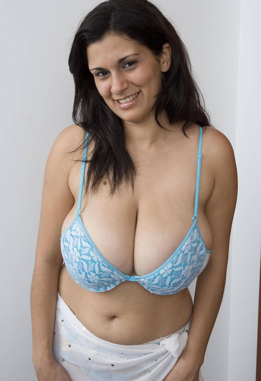 Terry Nova Huge Boobs