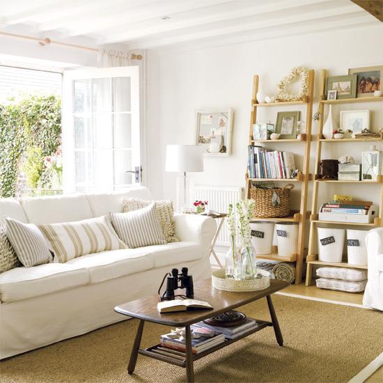 Interior Decors: Home Interior Design: Traditional Living Room