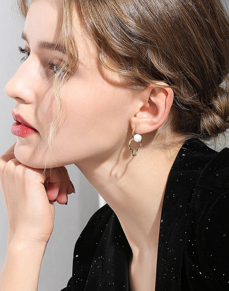 甜美鏤空幸運草擬珍珠耳環