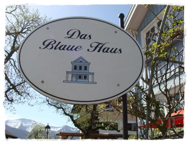 versponnenes Das blaue Haus