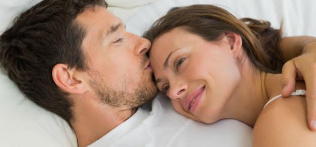 تفسير رؤية الزوج المتوفي أو الزوجة المتوفيه في المنام