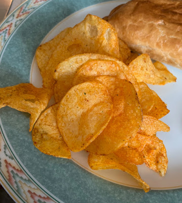Walkers American Hot Pizza Crisps
