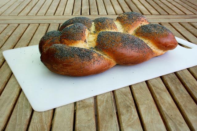 Challah o pa jueu per esmorzar i berenar