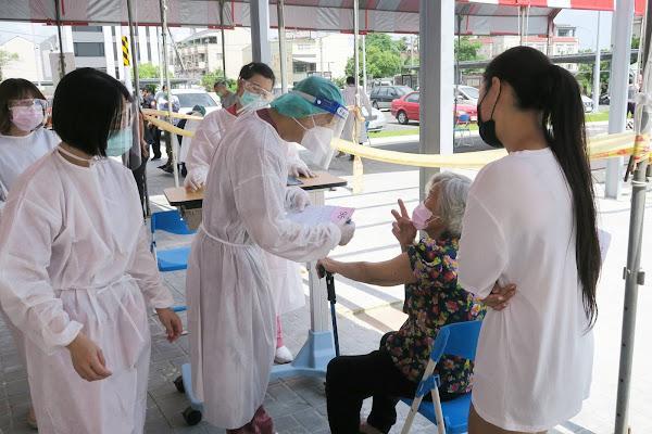 美捐莫德納疫苗開打 彰化醫院採宇美町式施打法
